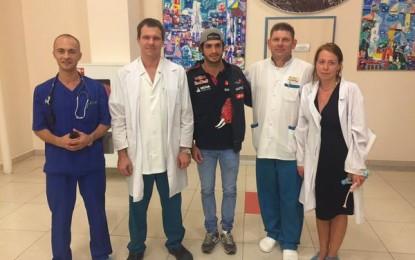 Carlos Sainz lascia l'ospedale. Noi… a pezzi!