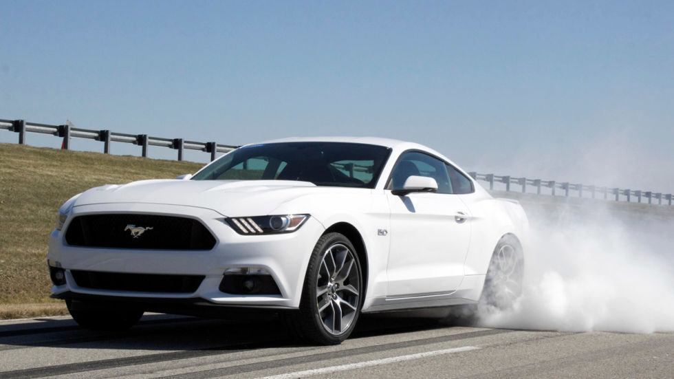 FordStore Carpoint: clienti Mustang in pista