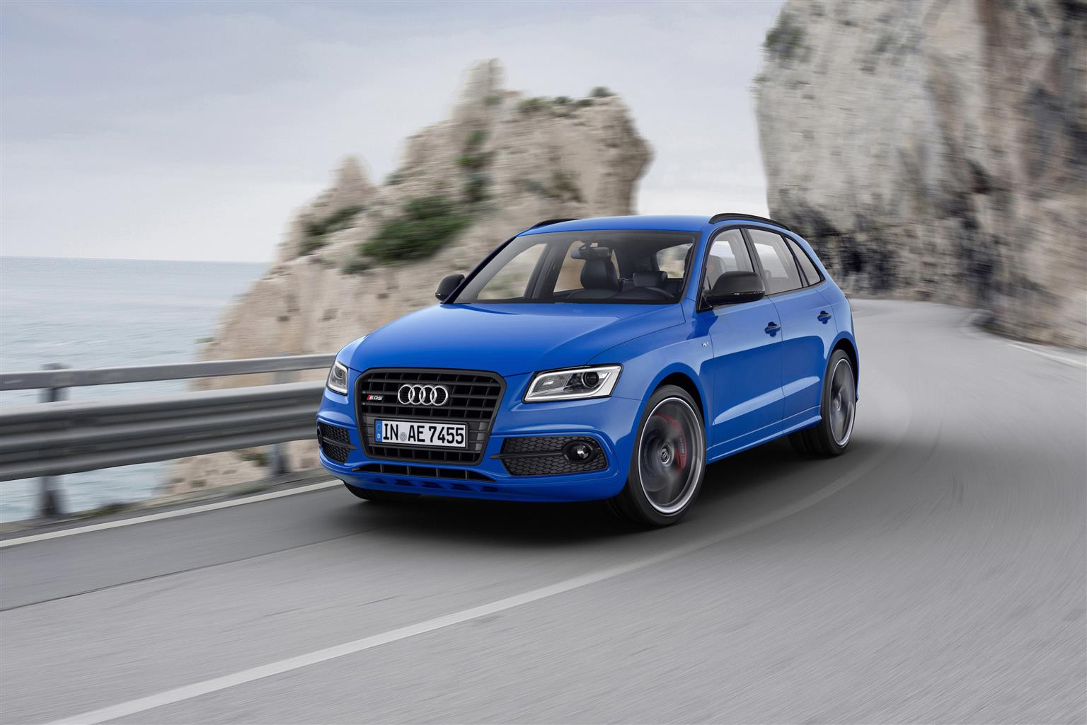 Nuova Audi SQ5 TDI plus