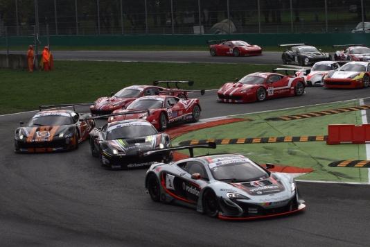 GT Open: vittoria McLaren a Monza