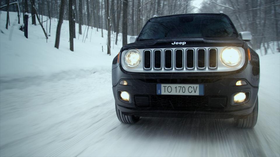 Jeep Renegade regina delle nevi