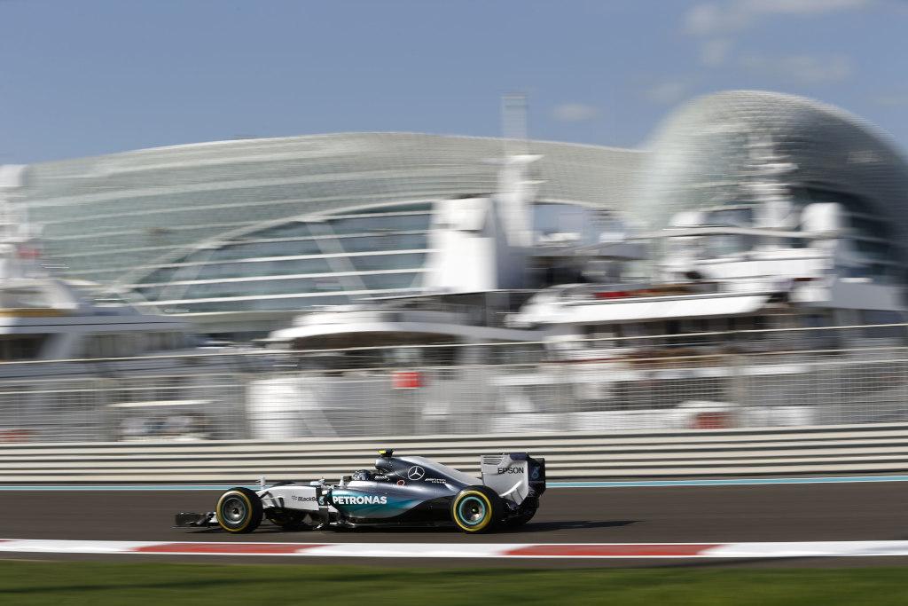 Abu Dhabi: FP3 a Mercedes, Ferrari 3°