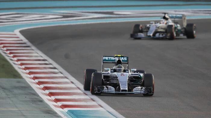 Abu Dhabi: Rosberg-Hamilton e le due Rosse