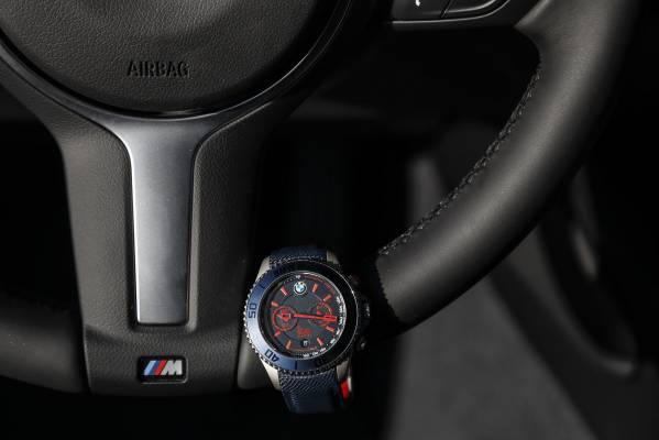 BMW presenta le collezioni sportive