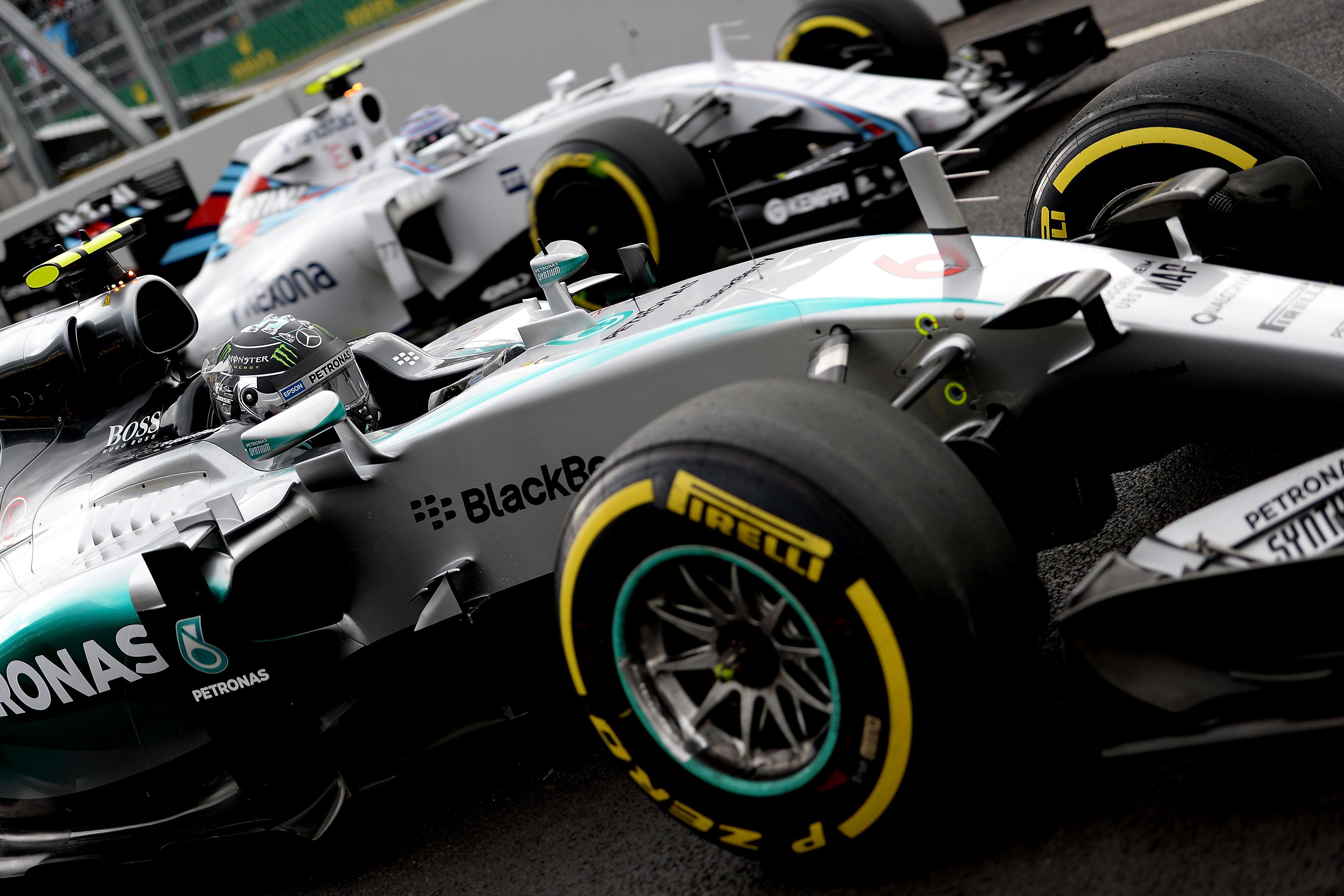 Pirelli: strategie complesse per la gara