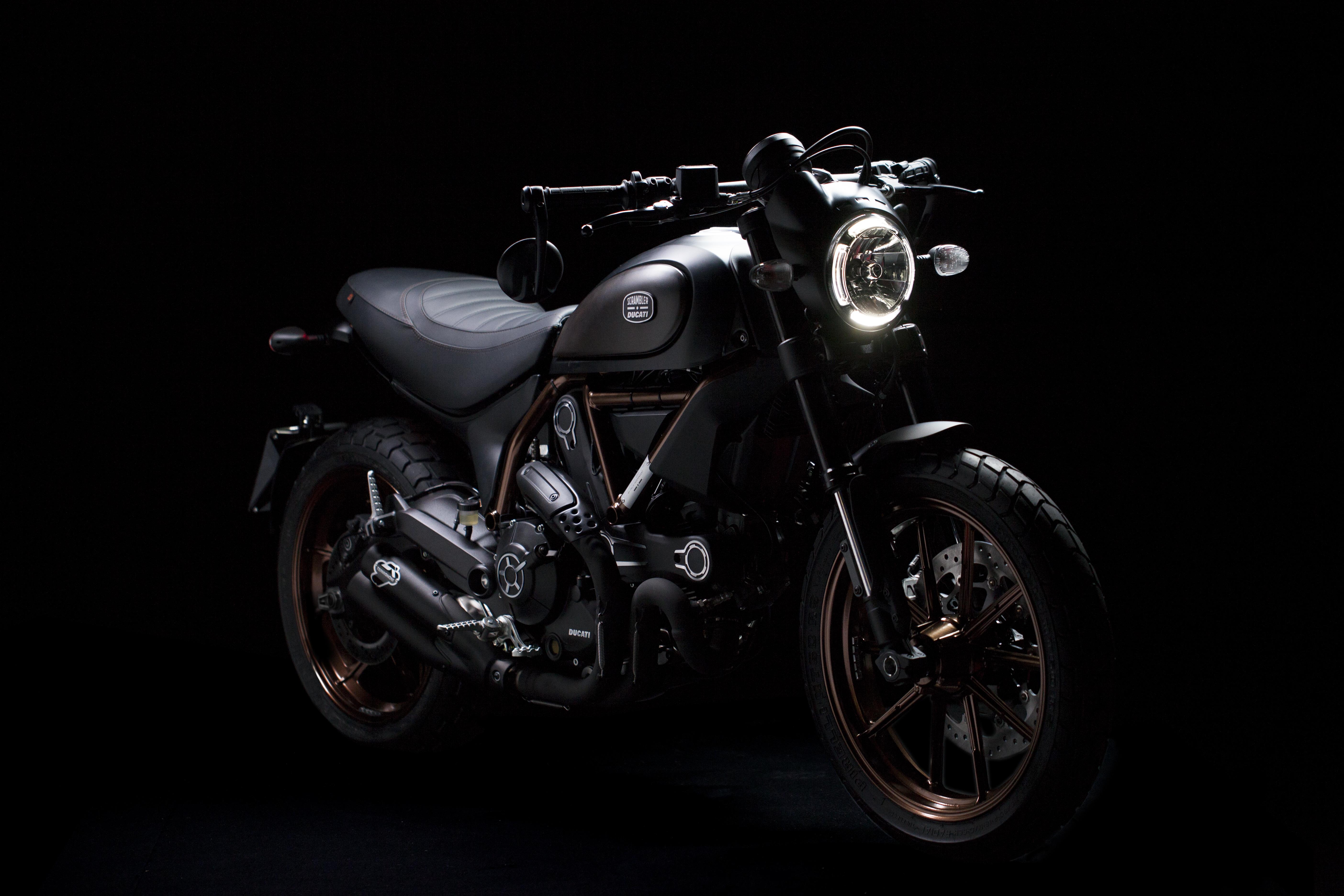 Scrambler Ducati e Italia Independent: i prodotti