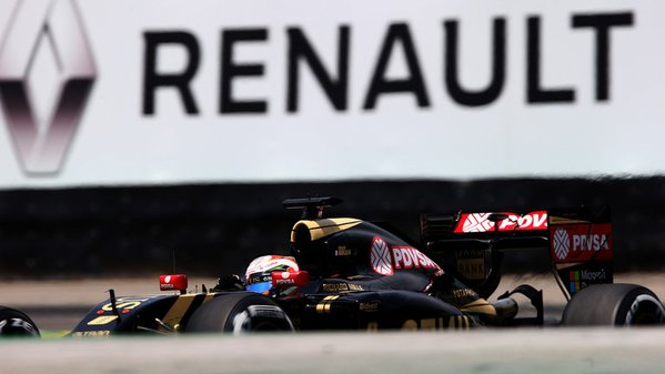 Renault: ultimata l'acquisizione Lotus