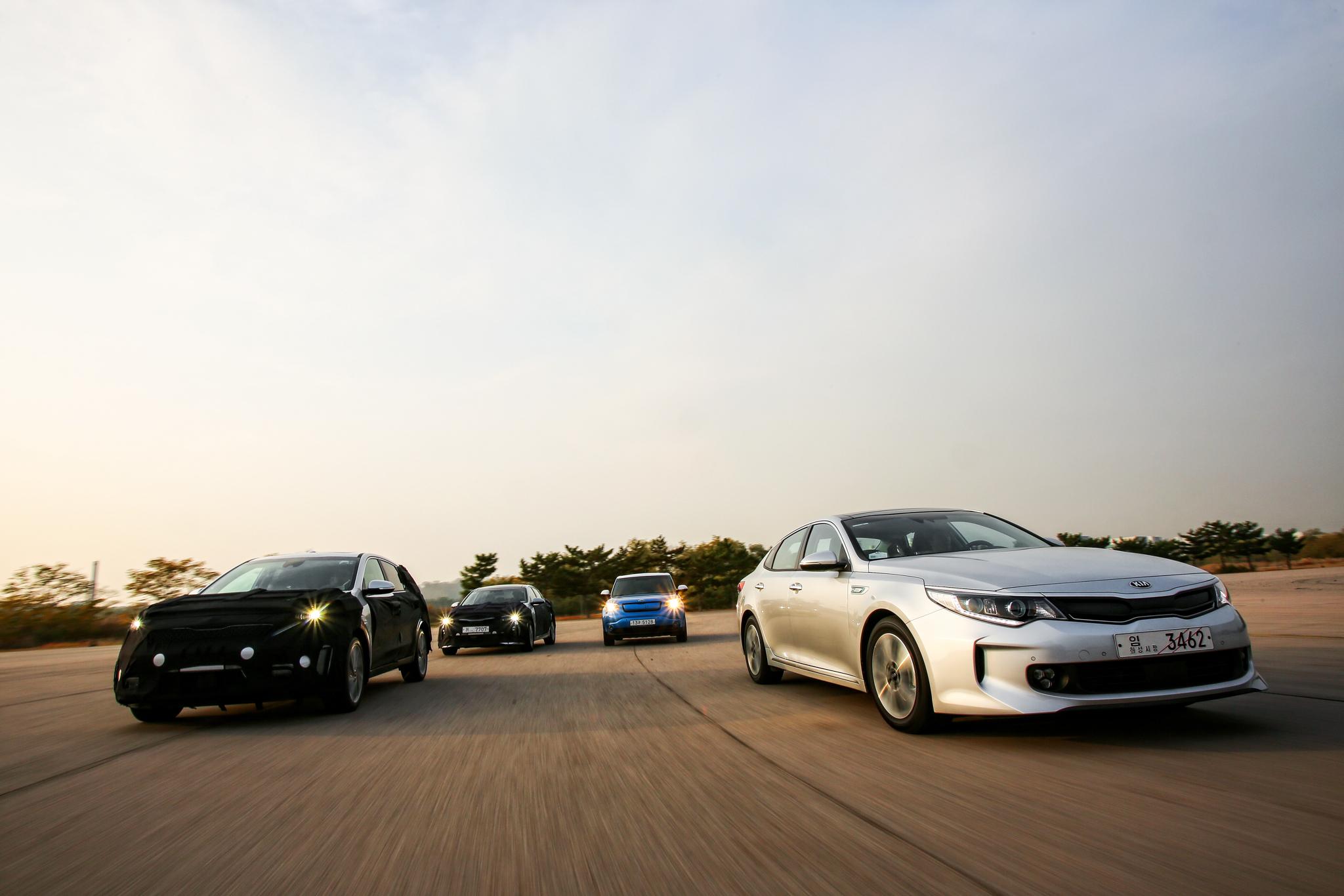 """Kia lancia la sfida delle auto """"verdi"""""""