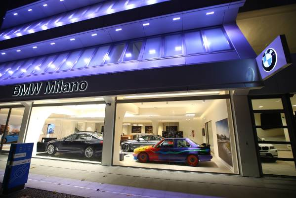 BMW Milano City Sales Outlet di via De Amicis
