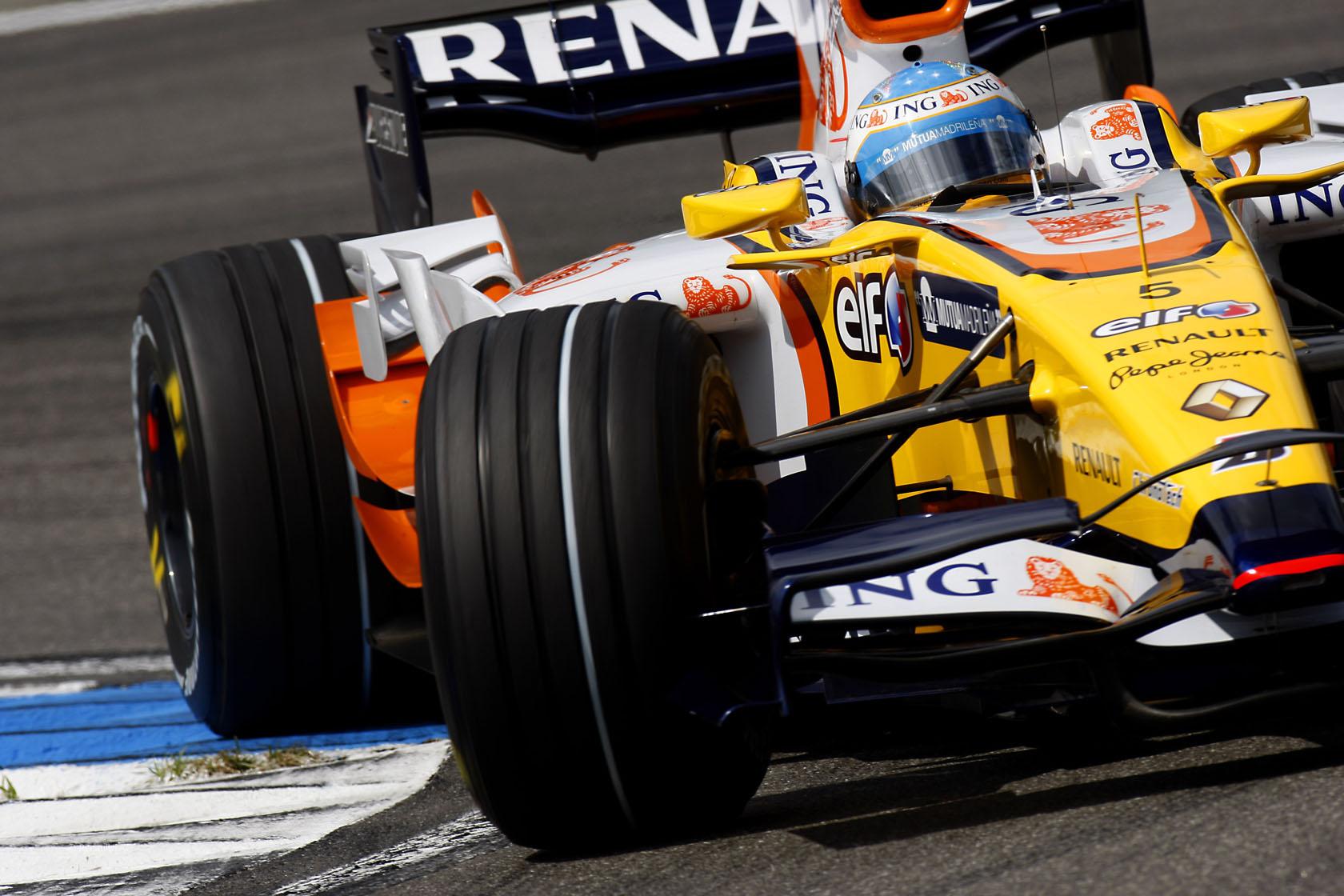 Botti di fine anno: Alonso verso Enstone?