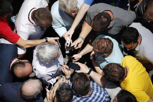 Ecclestone vende la F1 a Liberty Media