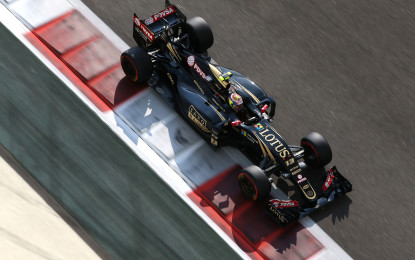 Renault completes takeover of Lotus F1 Team