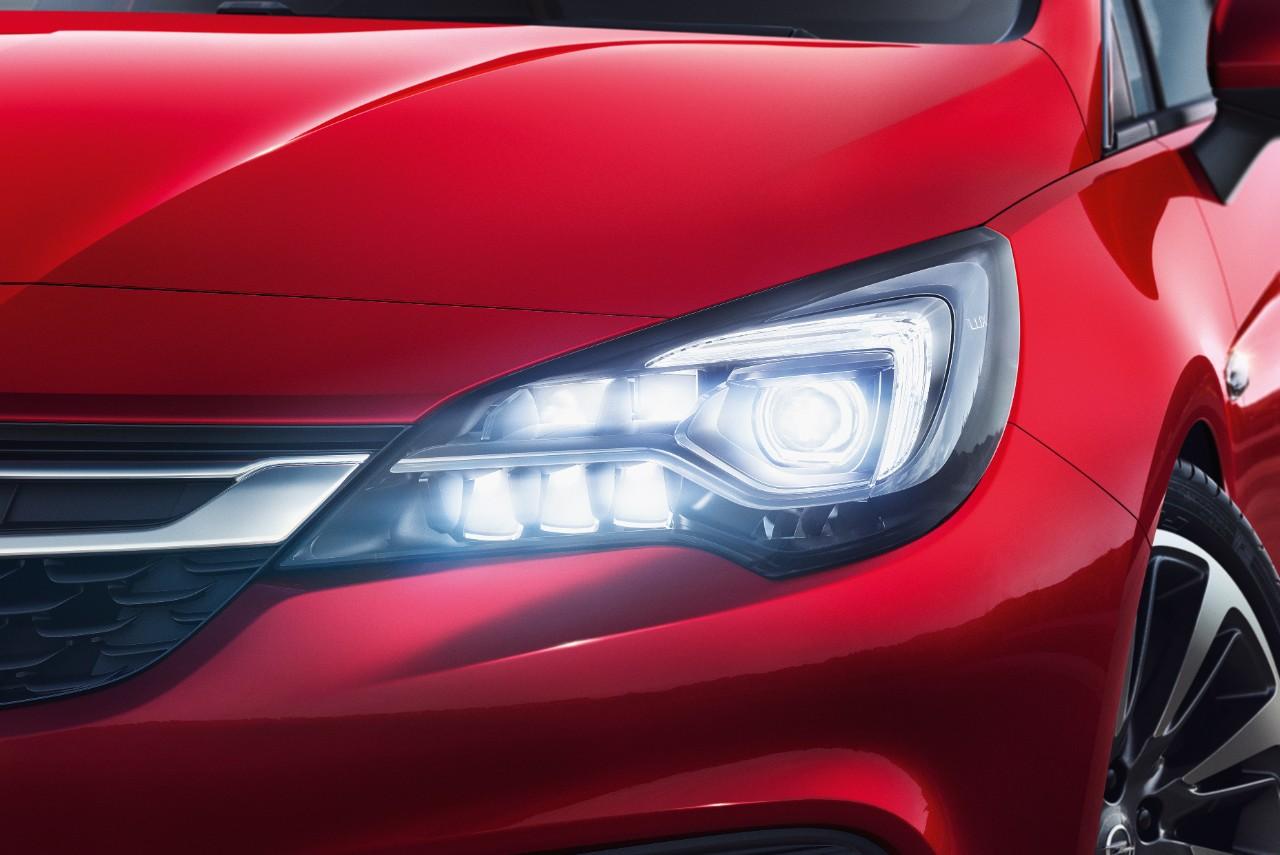 Sicurezza al top per Opel Astra