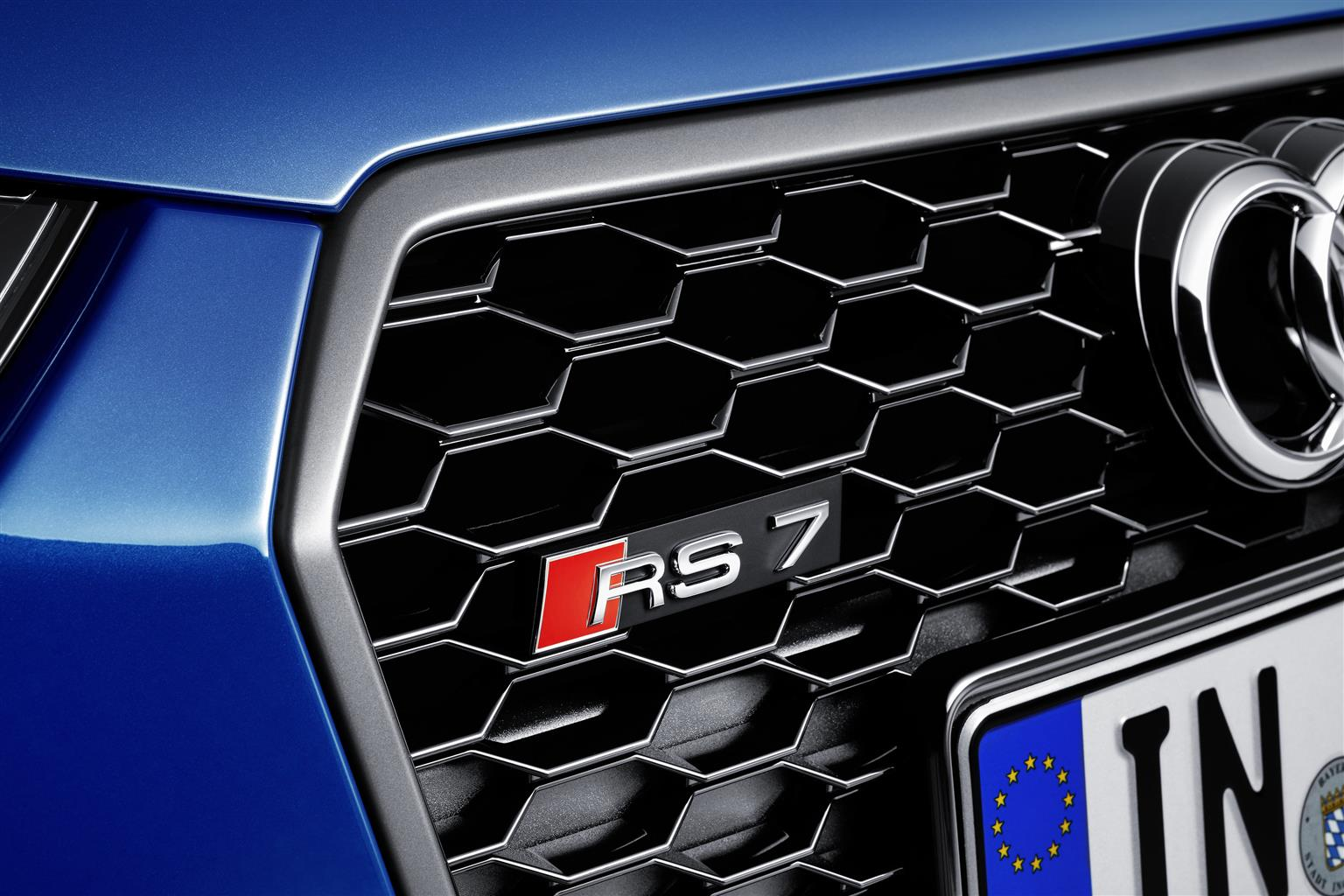 Audi: 605 CV per due nuove supersportive