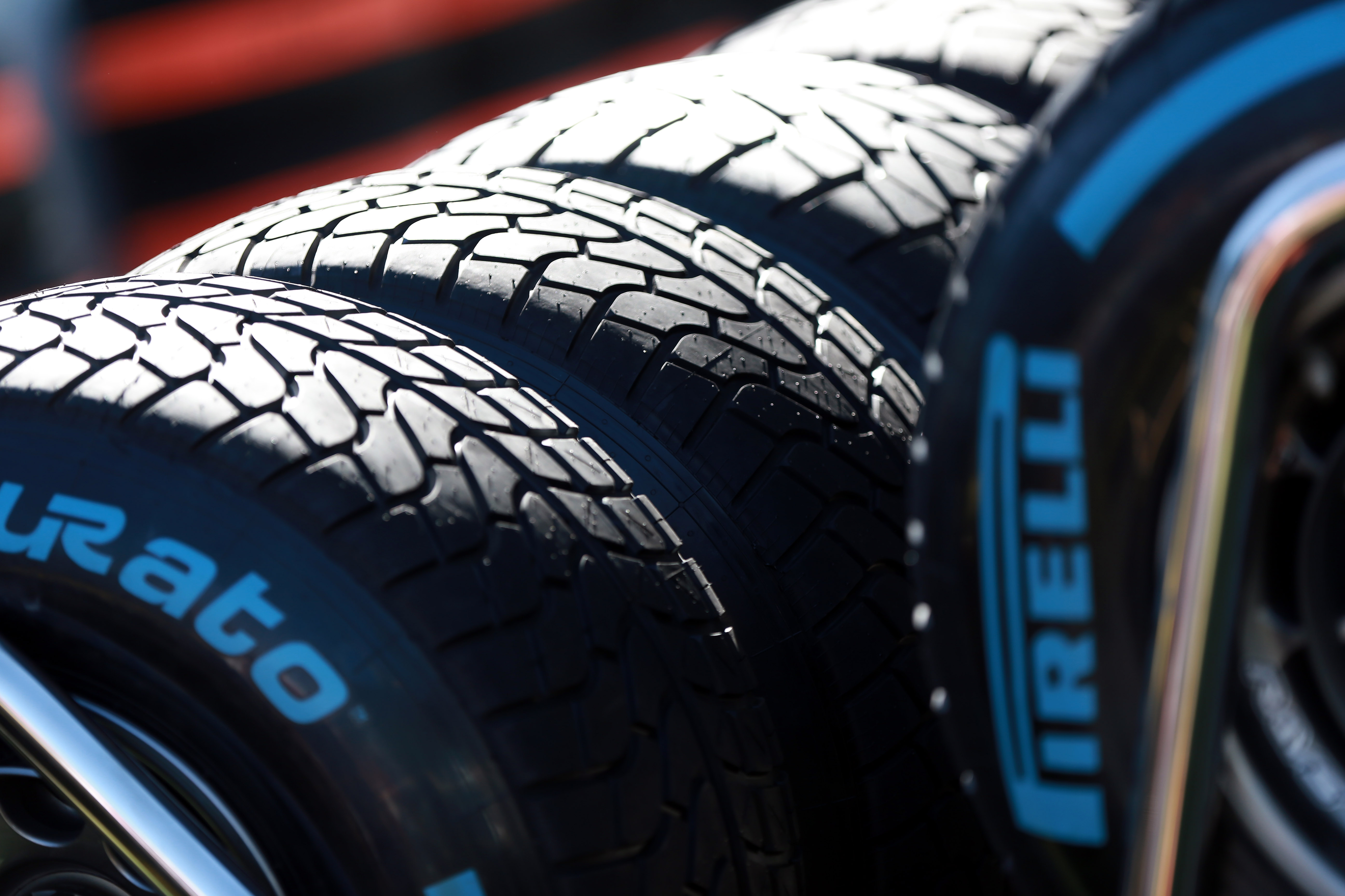Pirelli wet: due giorni di test al Paul Ricard