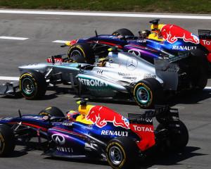 Ecclestone: difficile battere la Mercedes nel 2017
