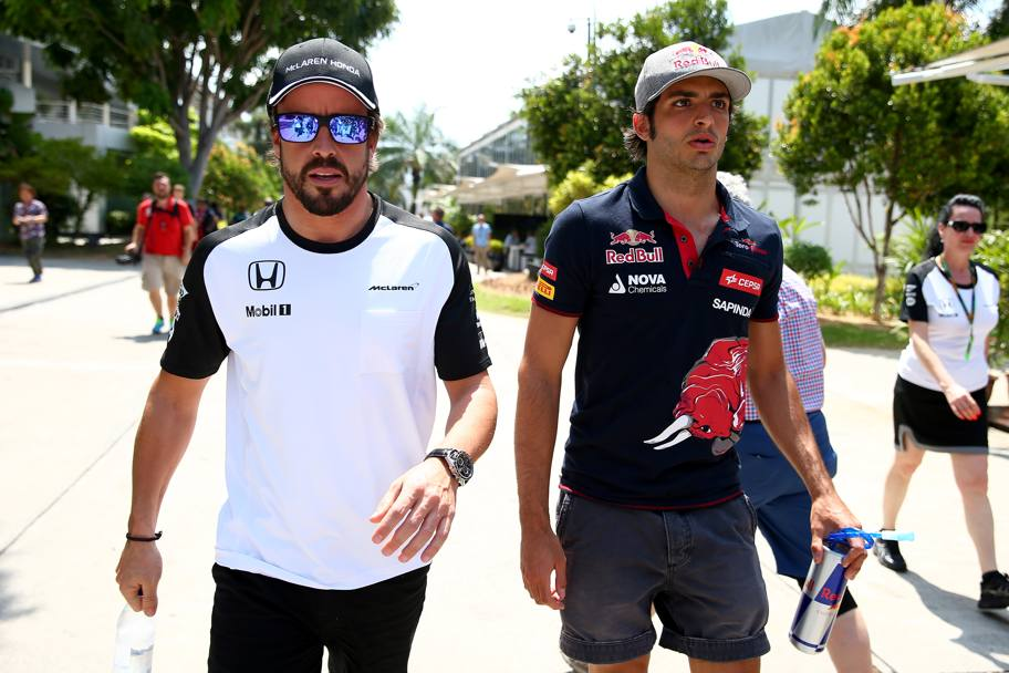 Sainz tips 'better' season for Alonso