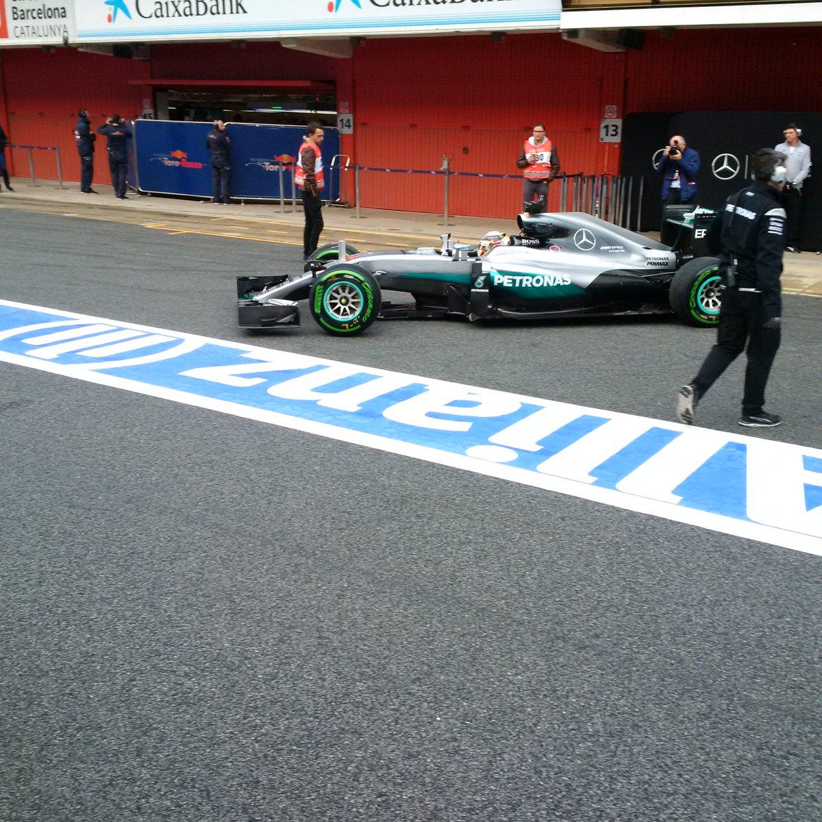 Tecnica: modifiche al fondo per Mercedes e Renault