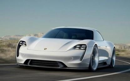 Porsche investe sull'elettrico