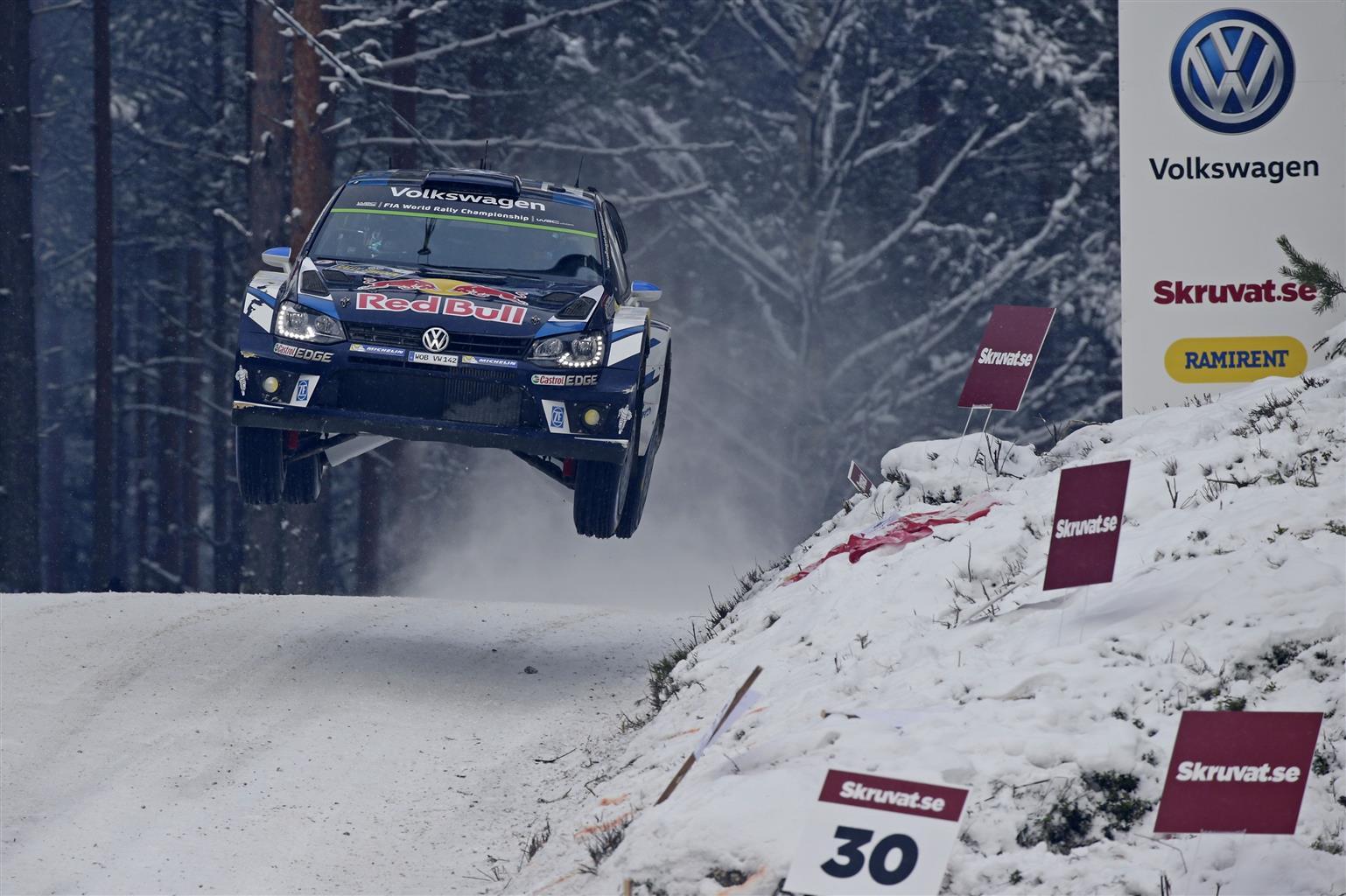 Ogier e la Polo R WRC vincono in Svezia