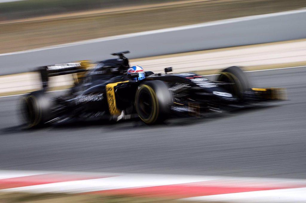 Tecnica: modifiche Mercedes, Red Bull, Renault