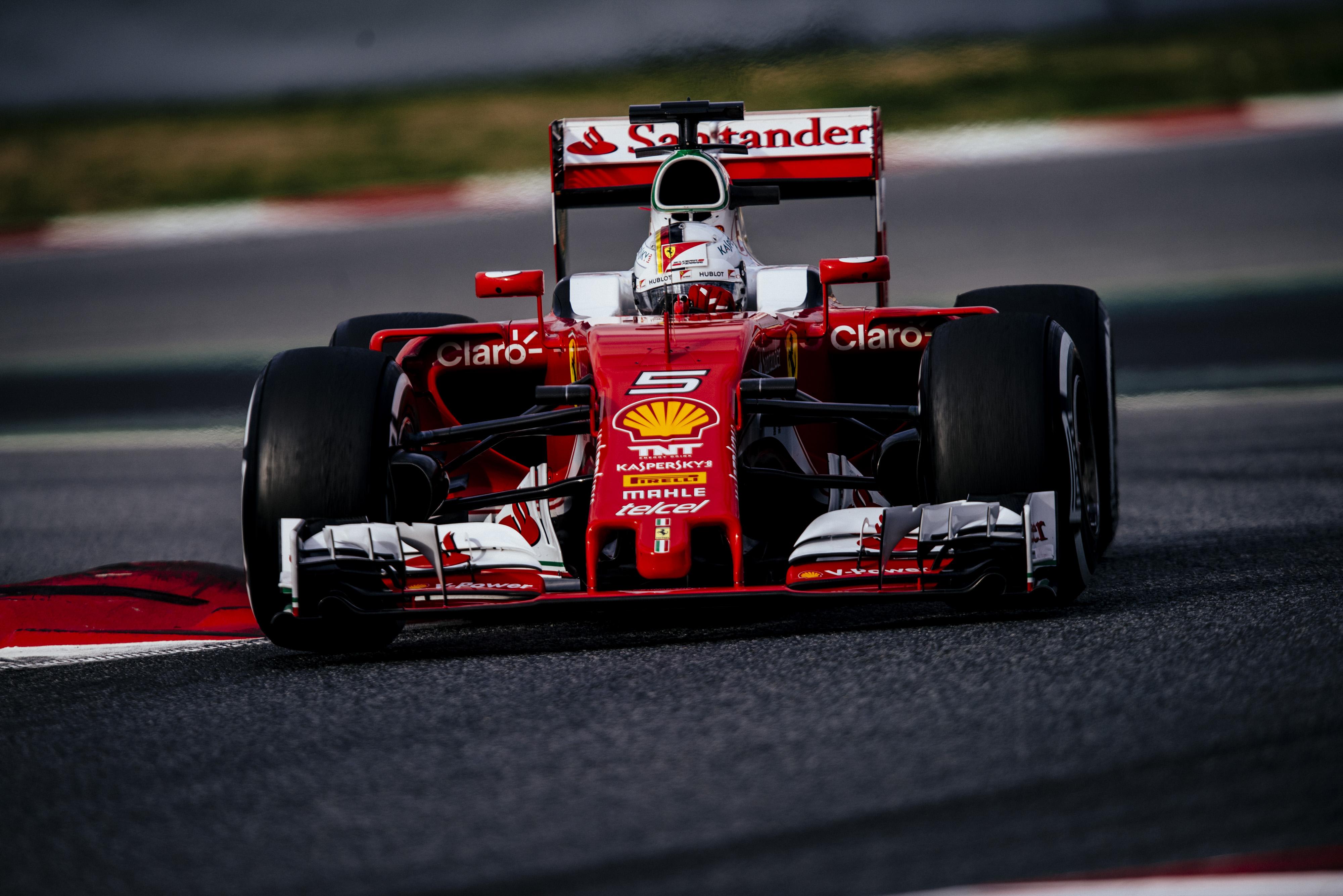 Vettel torna al volante
