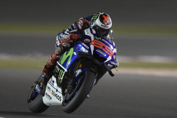 Qatar: a Lorenzo la prima pole del 2016