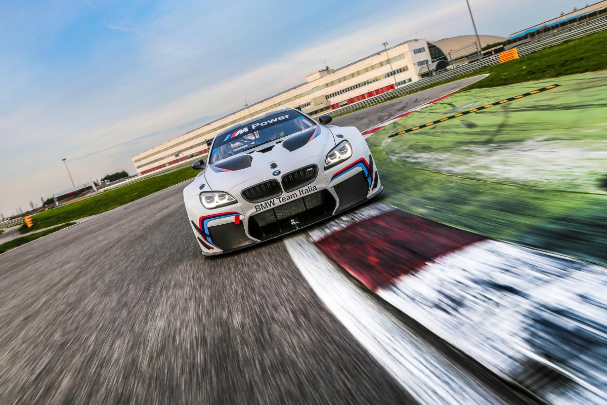 BMW Team Italia pronto per il 2016