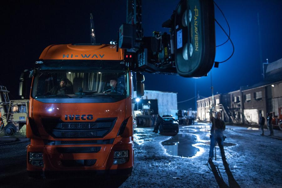 Iveco Stralis Hi-Way in Batman v Superman