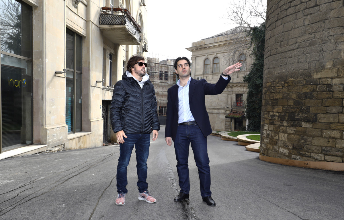 Fernando Alonso Visits Baku City Circuit