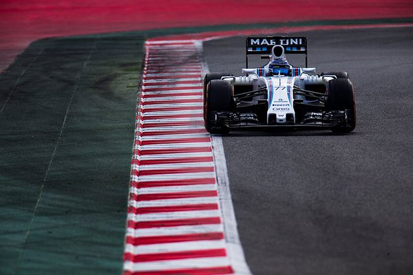 Bottas e Williams davanti con le supersoft
