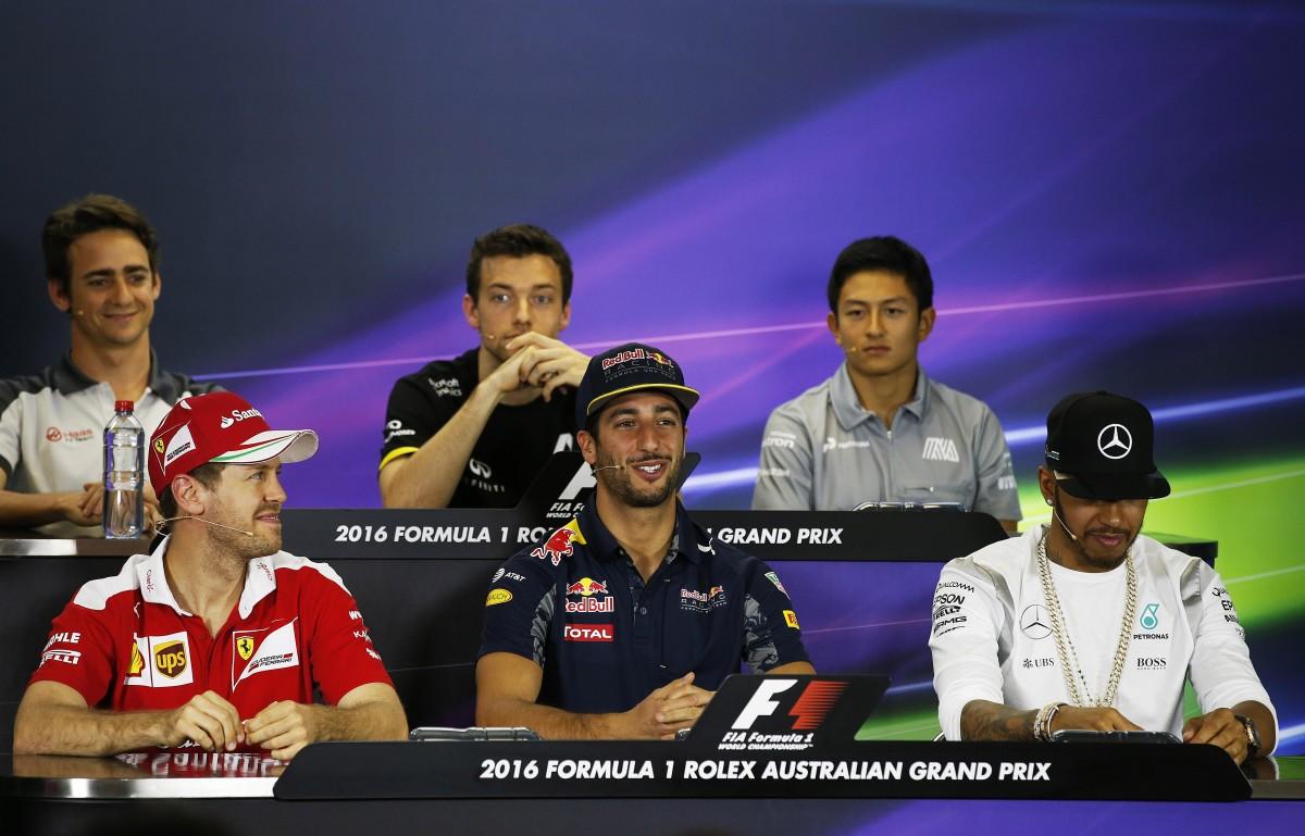 Vettel e Ricciardo, tra pizze e mutande…