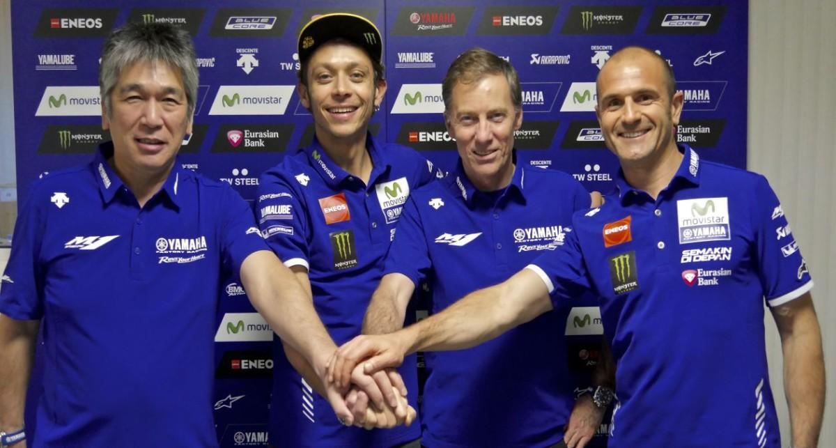 Rossi rinnova per altri 2 anni con Yamaha