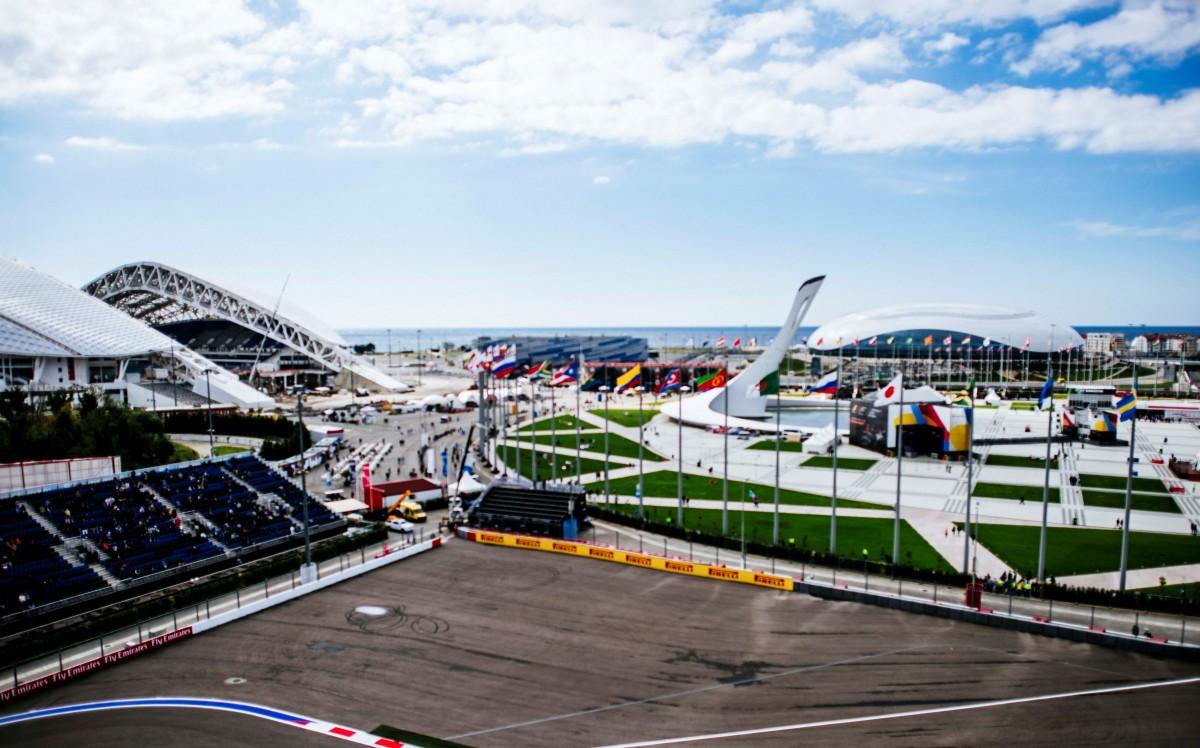 Vettel e Binotto sulle insidie di Sochi