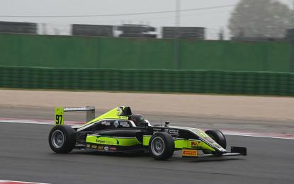 F4: primi punti per Joao Vieira a Misano