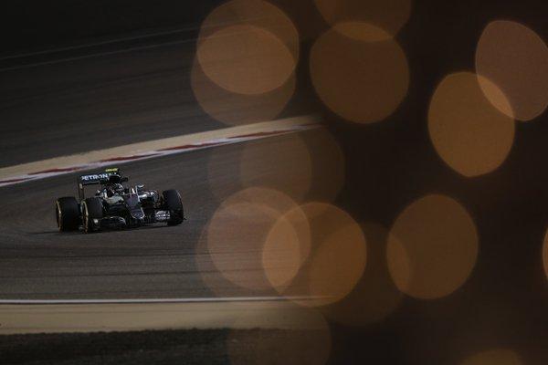 Bahrain: Rosberg, Hamilton, Button. Un dado ferma Vettel