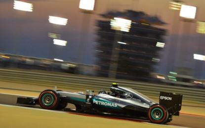 Bahrain: Rosberg allunga. Kimi e Lewis sul podio. Vettel ko