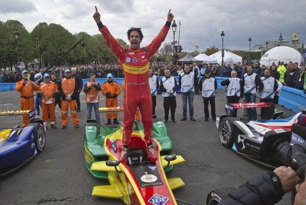 Di Grassi triumphant in Paris ePrix