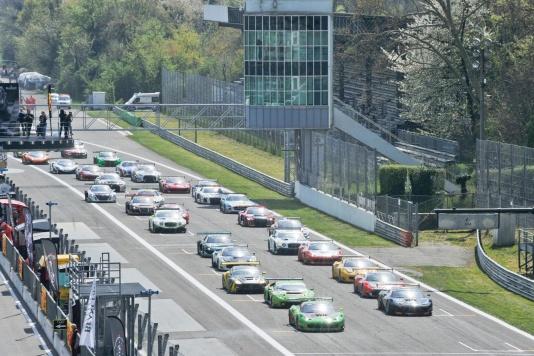 A Monza il ruggito delle Gran Turismo