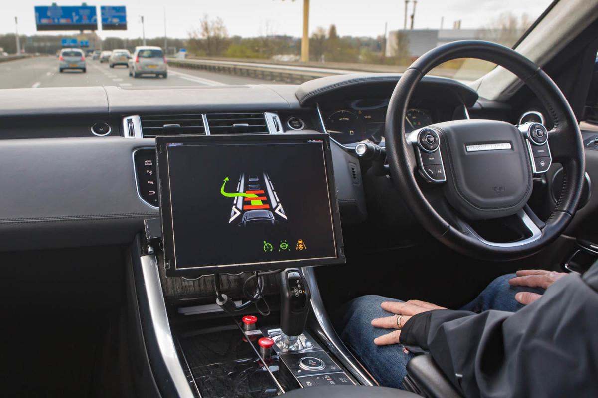 Jaguar-Land: guidando verso l'autonomia