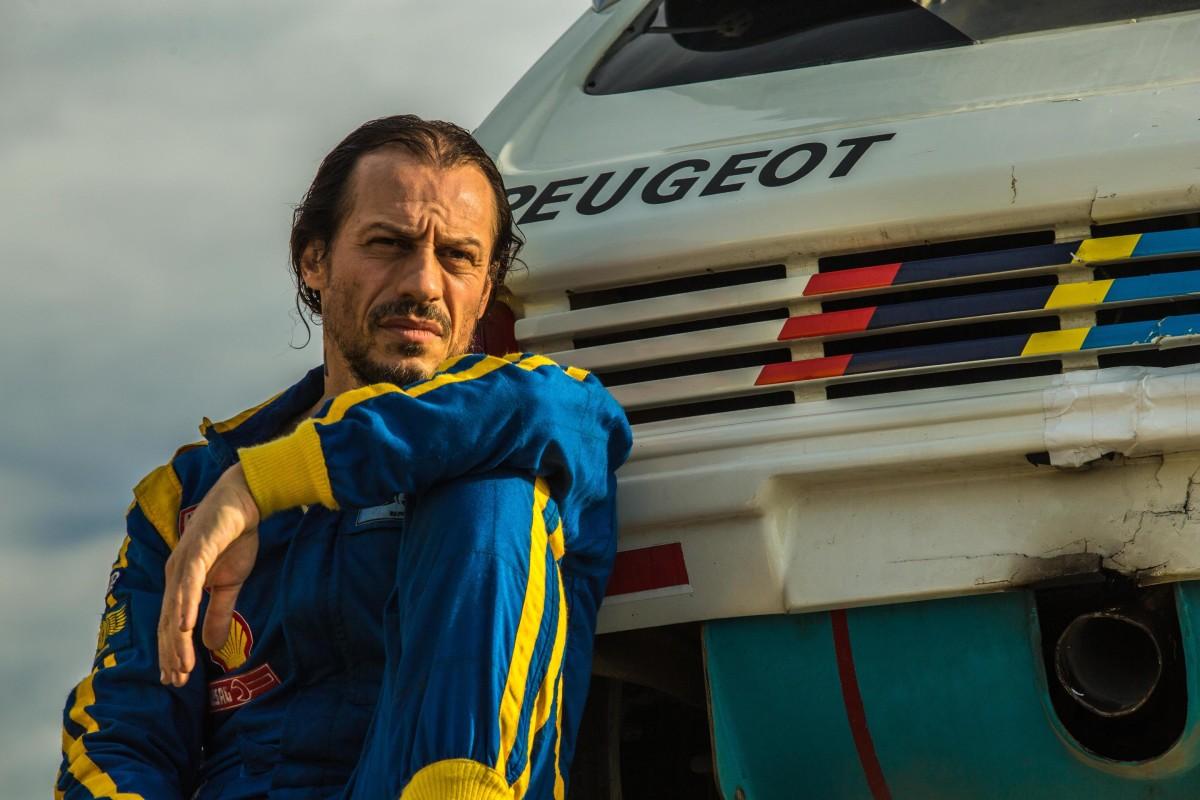 Veloce come il vento: Accorsi e Peugeot vi aspettano!