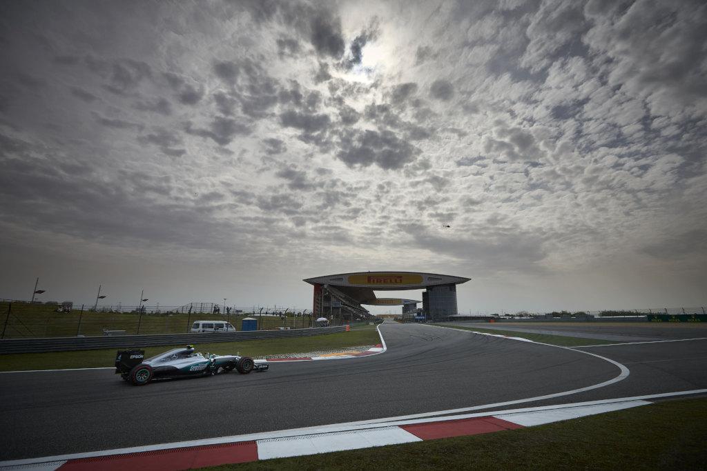 Cina: pole di Rosberg, Hamilton ultimo. Ferrari seconda fila
