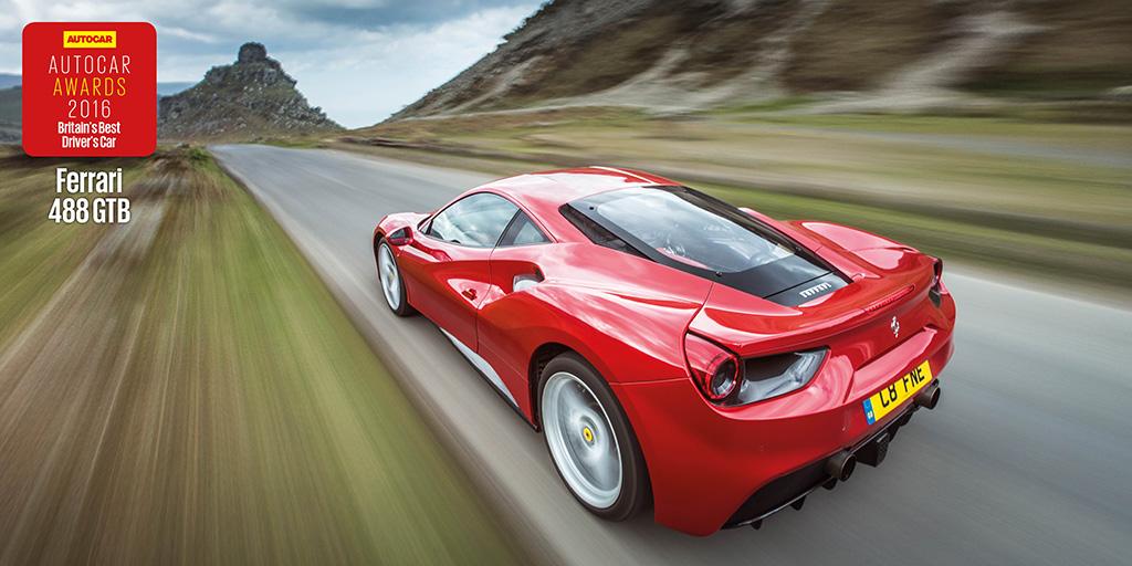 Da Autocar 5 stelle alla Ferrari 488 GTB