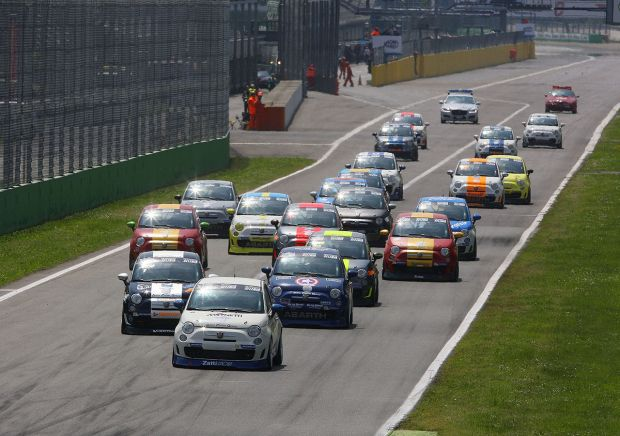 Weekend intenso per Abarth in pista
