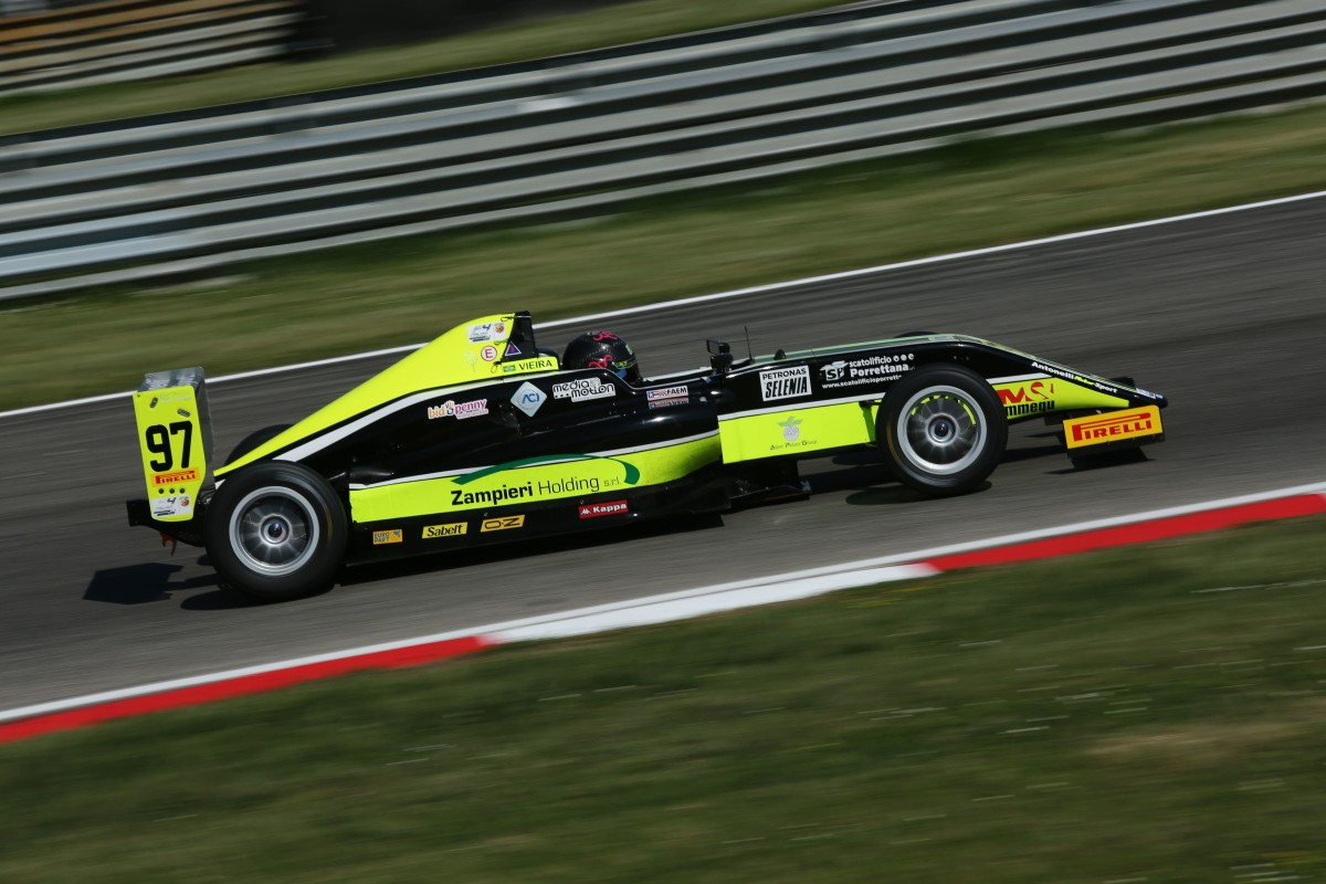 F4: secondo posto e punti ad Adria per Joao Vieira