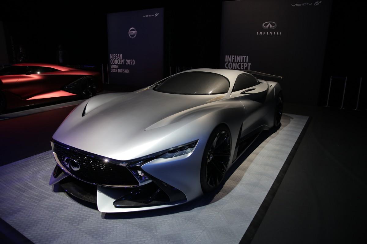 Infiniti Concept Vision GT si svela a Londra