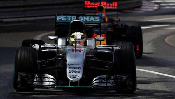 GP Monaco: Hamilton spegne il sorriso a Ricciardo