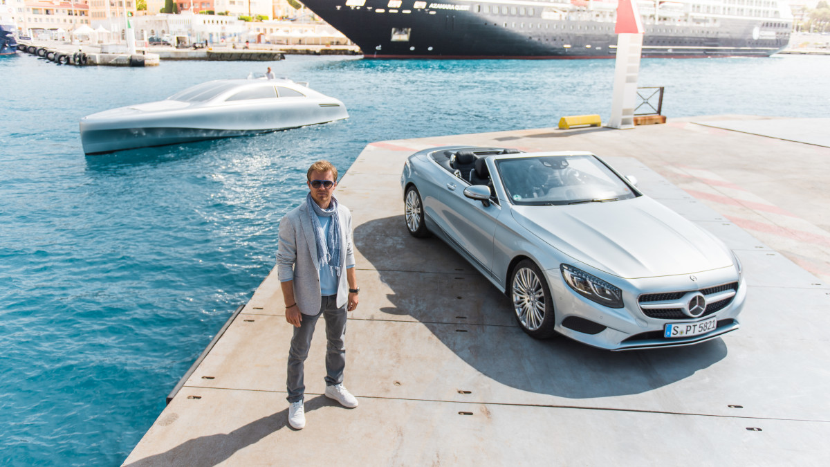 Mercedes AMG: racing performance & modern luxury