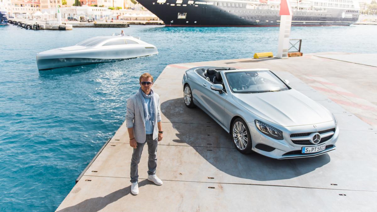 Mercedes AMG: racing performance & modern luxury