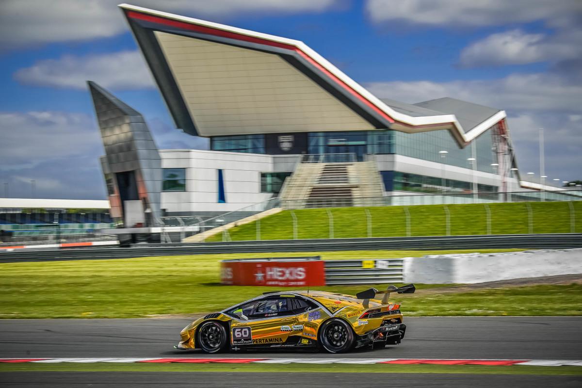 Lamborghini: pole e vittoria a Silverstone per Lind